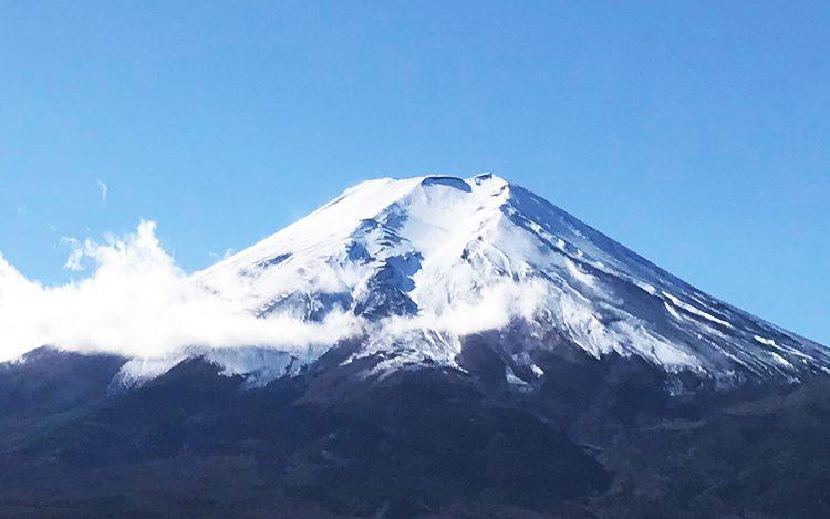 年賀状素材のキング、富士山を大掃除してきました!